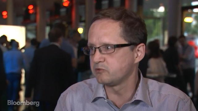App Annie CEO Sees Mobile Commerce Growing Fast