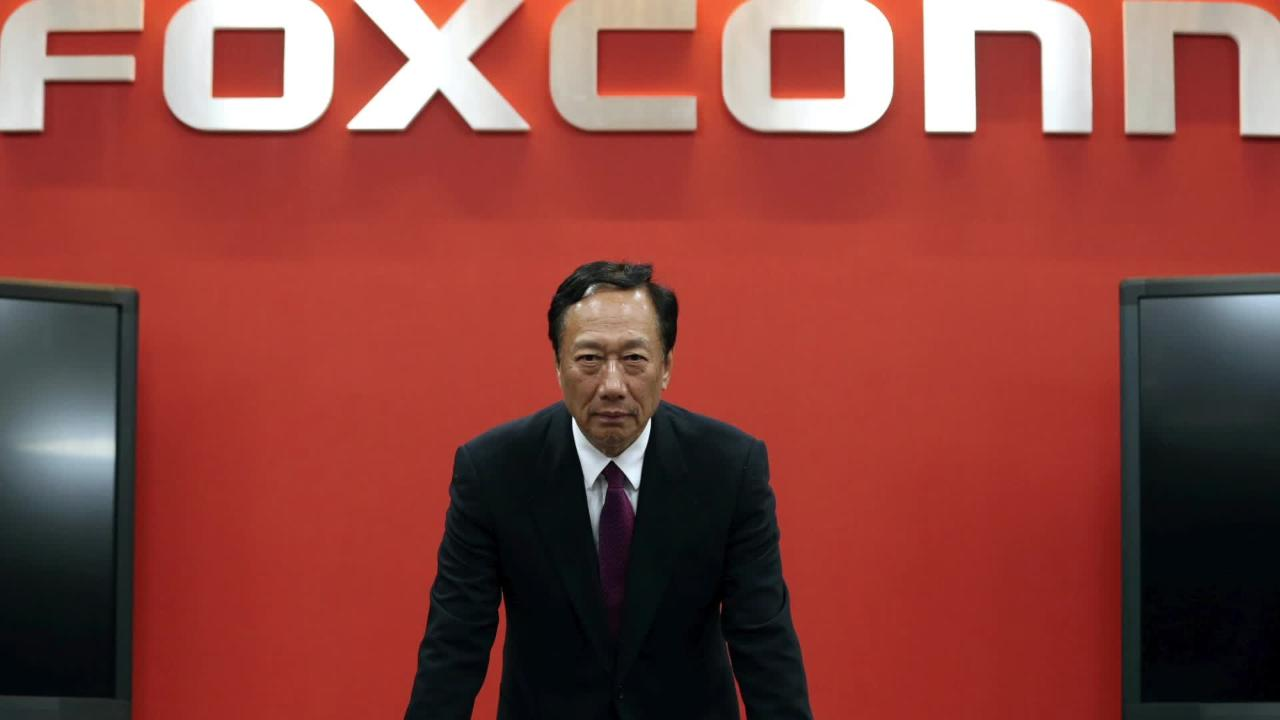 Foxconn Scouts For U.S. Location For $10 Billion Display Factory
