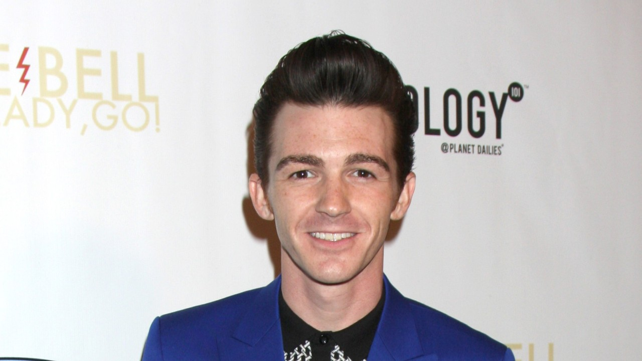Drake Bell to Play Robin in DC Movie Universe?