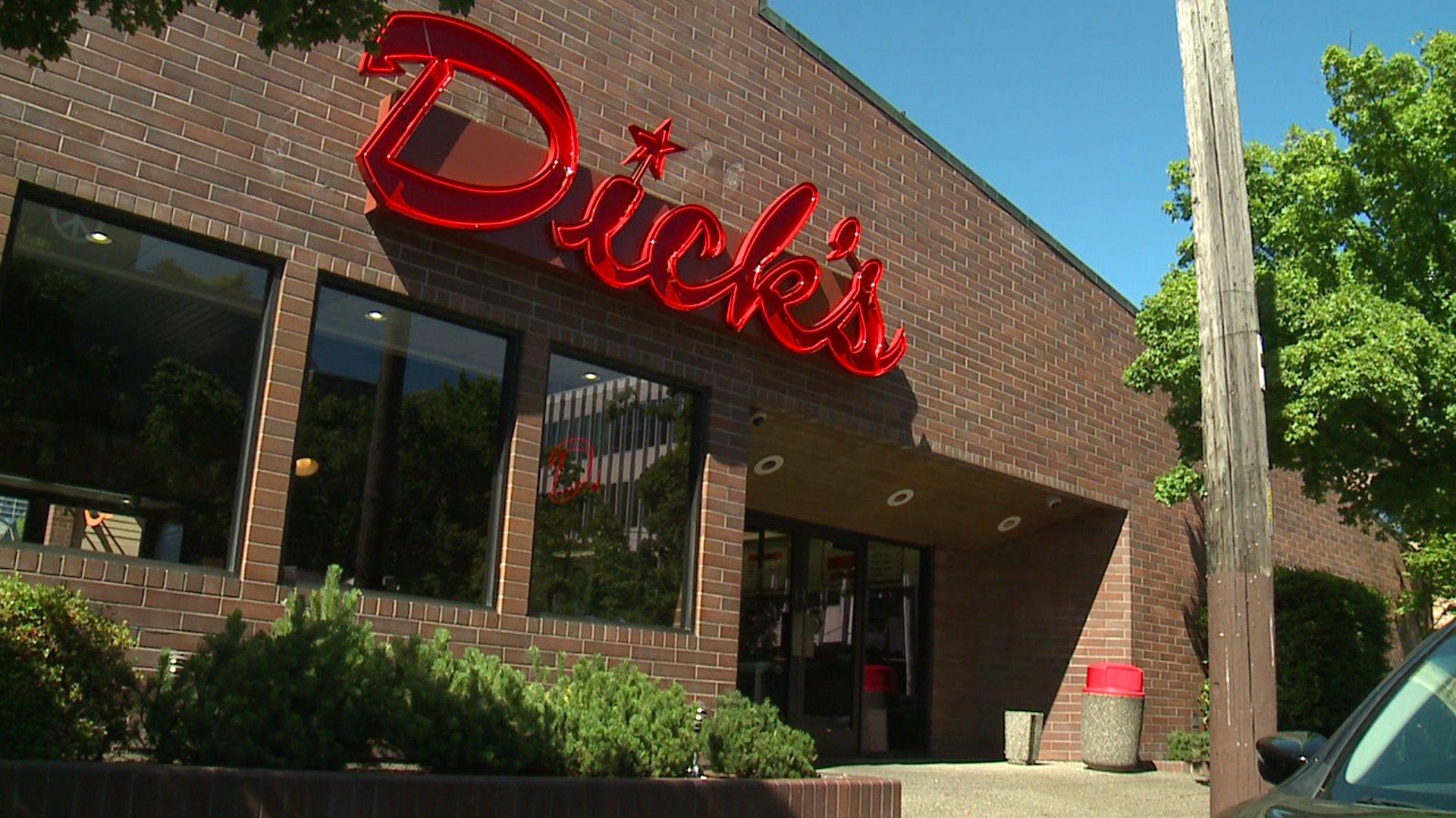 Man Stabbed to Death Outside of Popular Washington Restaurant