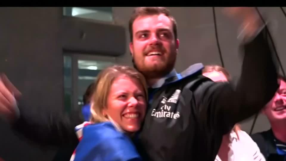 New Zealanders celebrate after America's Cup win