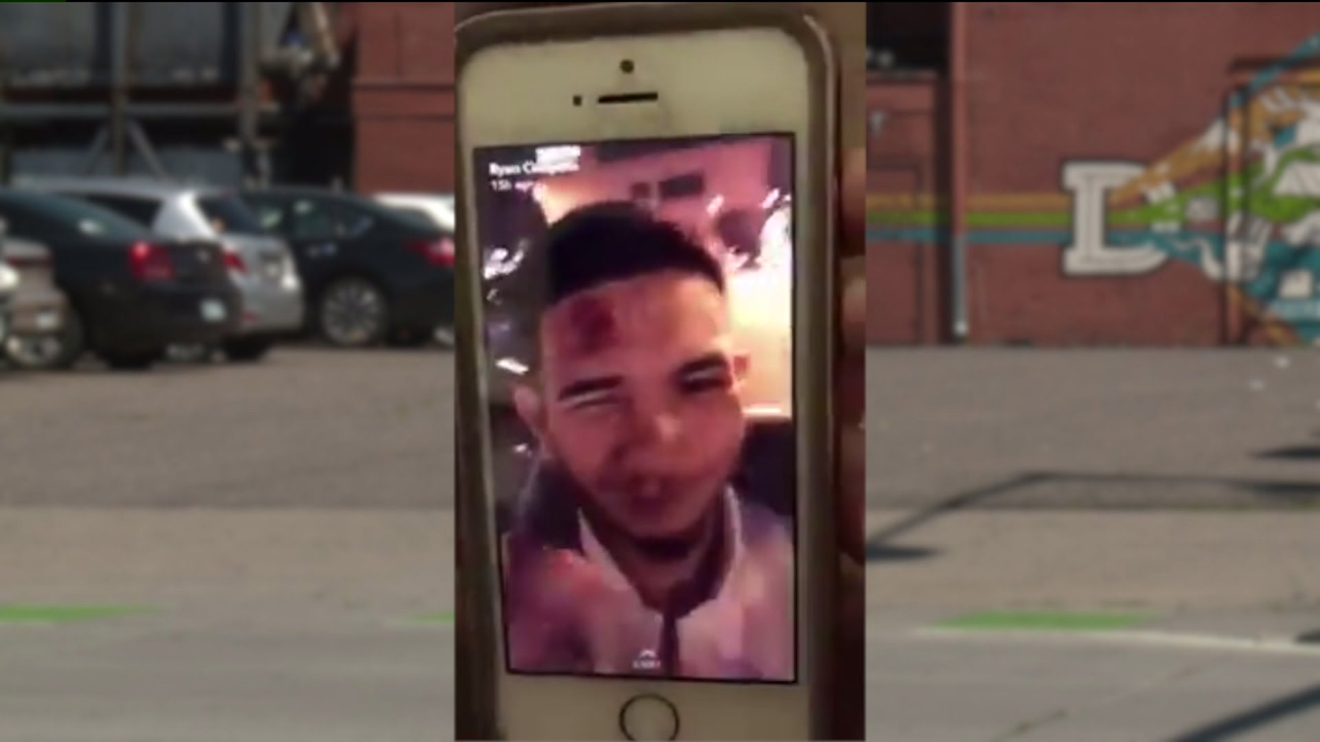 Mugging Suspects Post Snapchat Story on Victim's Phone