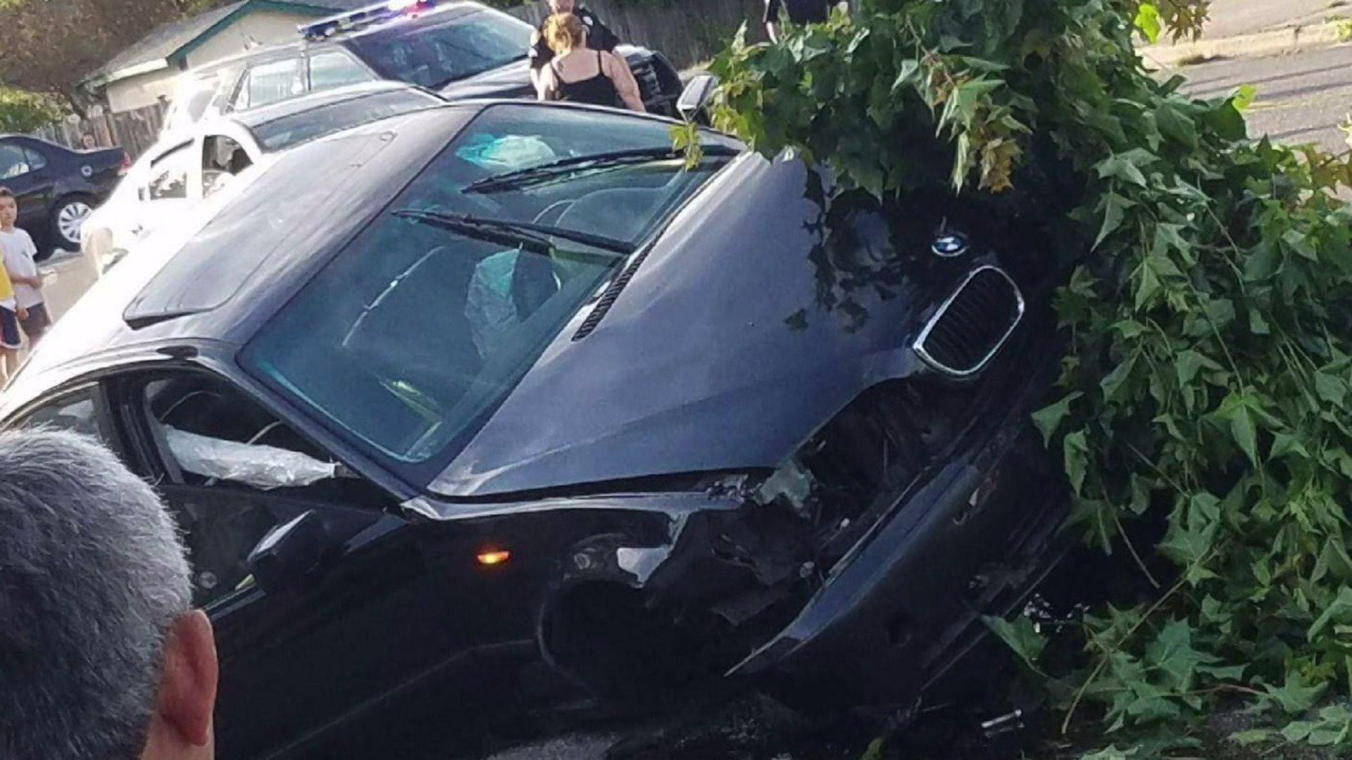 Parents Tackle Suspected Drunk Driver After Accident Near Children