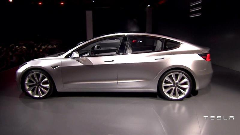 Elon Musk's Big Gamble: Tesla Set to Roll out New $35,000 Electric Car
