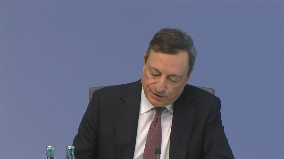 ECB keeps easy money pledge