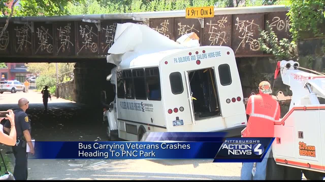 Bus carrying vets crashes heading to pnc park