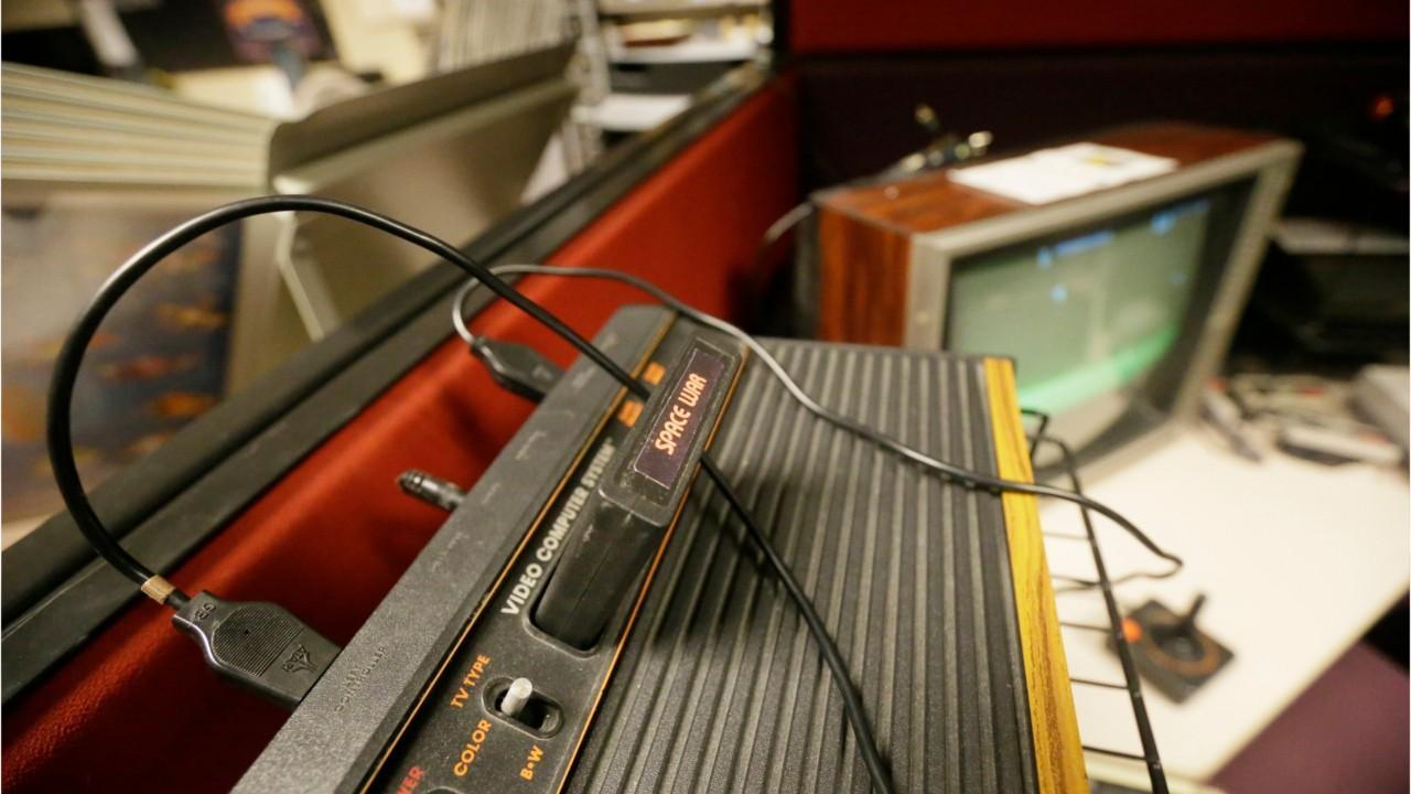 """Atari Unveils 'Blade Runner 2049' """"Speakerhat"""""""