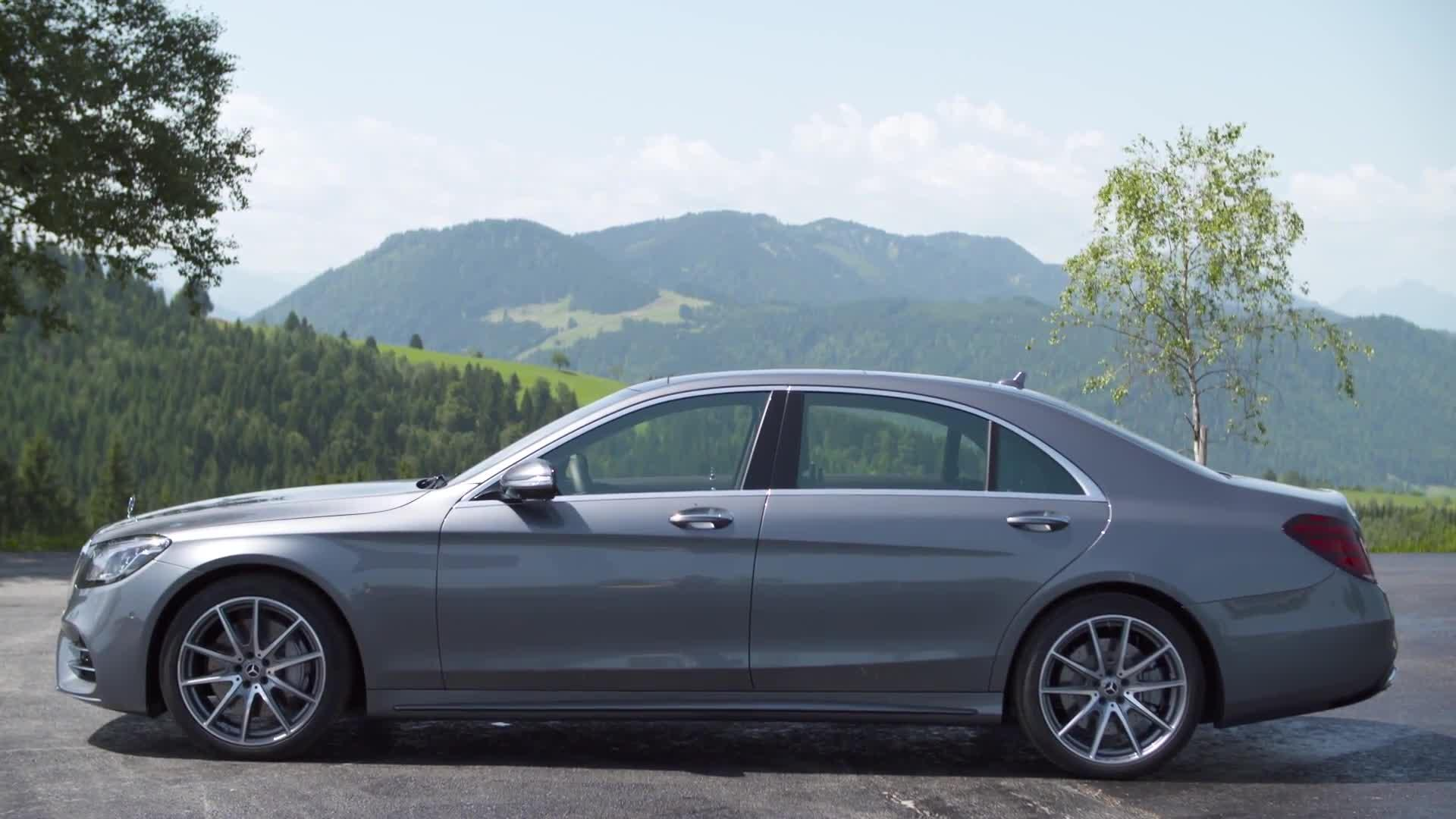 Mercedes-Benz S 500 Exterior Design in Selenite grey metallic