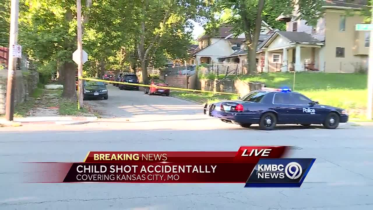 Boy, 10, accidentally shoots himself in leg at KC home