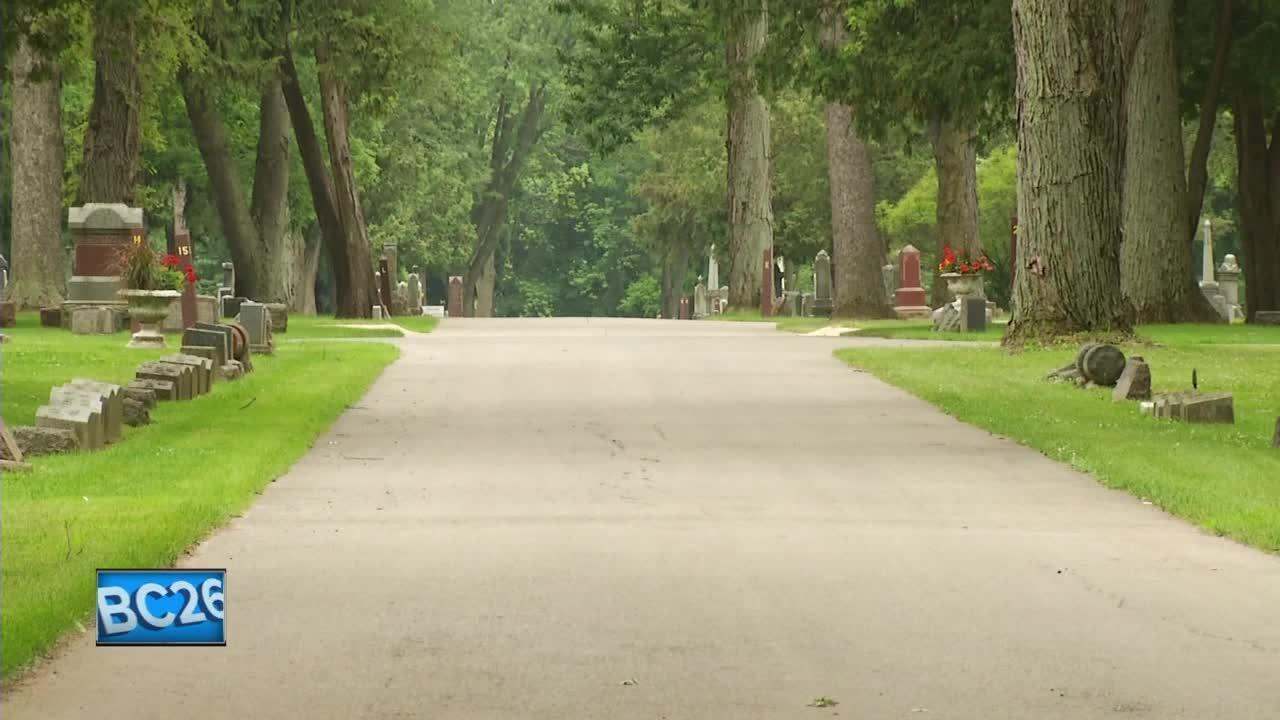 Appleton Police investigating hit and run in Riverside Cemetery