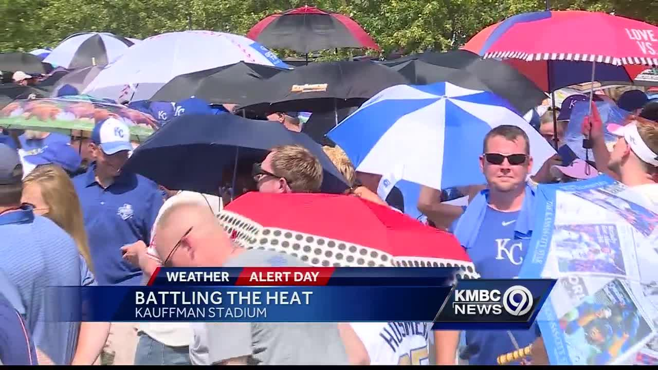 Royals fans come prepared on hot, hot Saturday