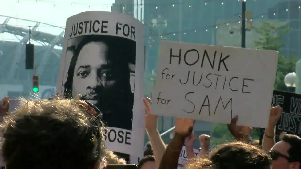Groups rally at The Banks for justice for Sam DuBose