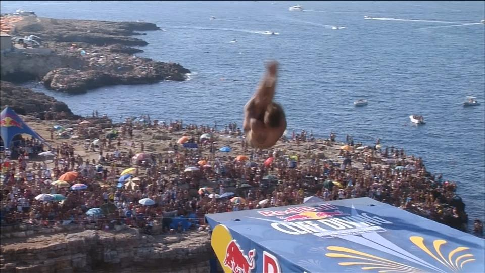 Wildcard De Rose wins Italian leg of the Cliff Diving World Series