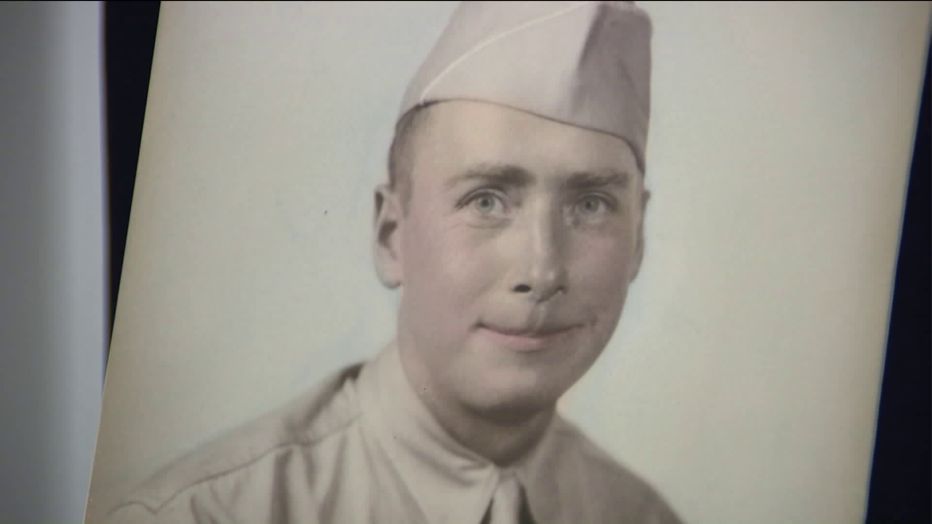 Missing Purple Heart Found on NY Road Returned to Veteran`s Family