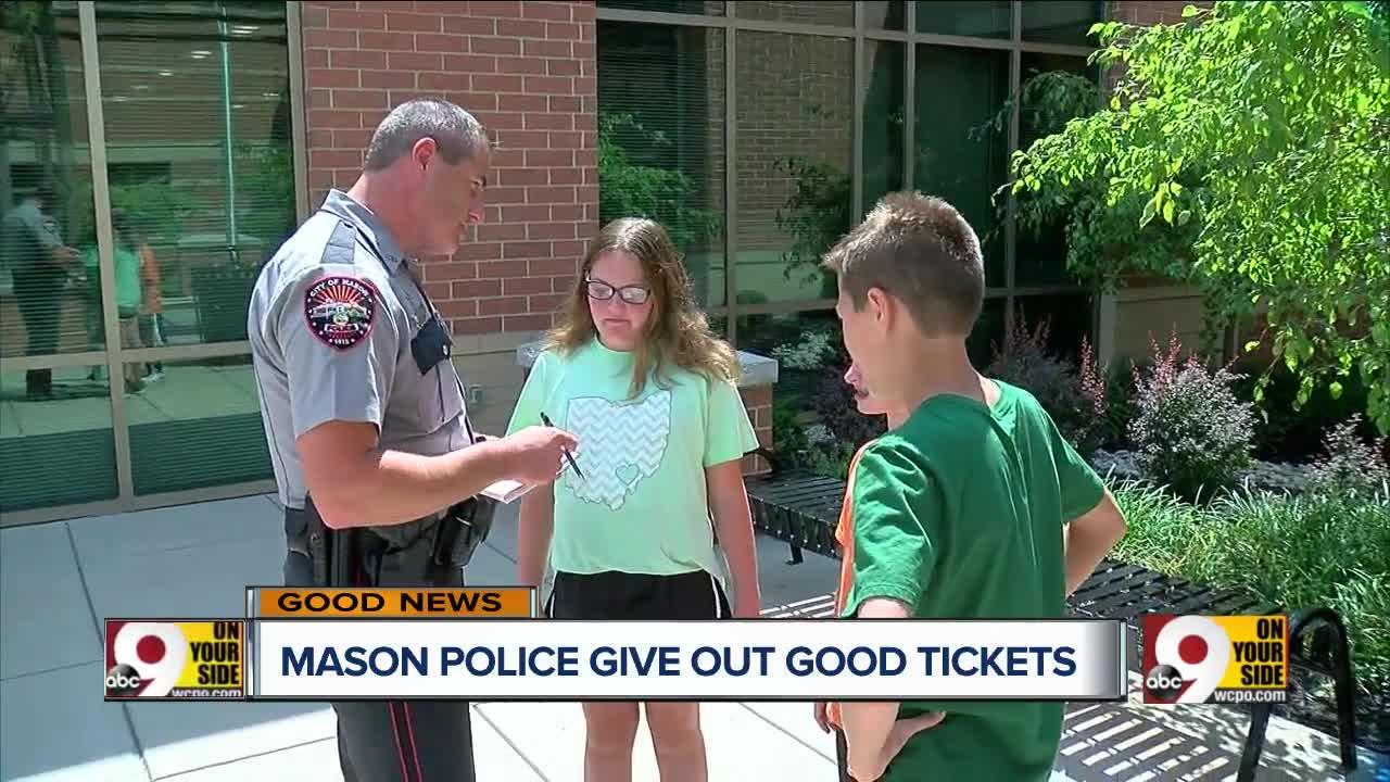 Mason officers give out 'tickets' to kids for good behavior