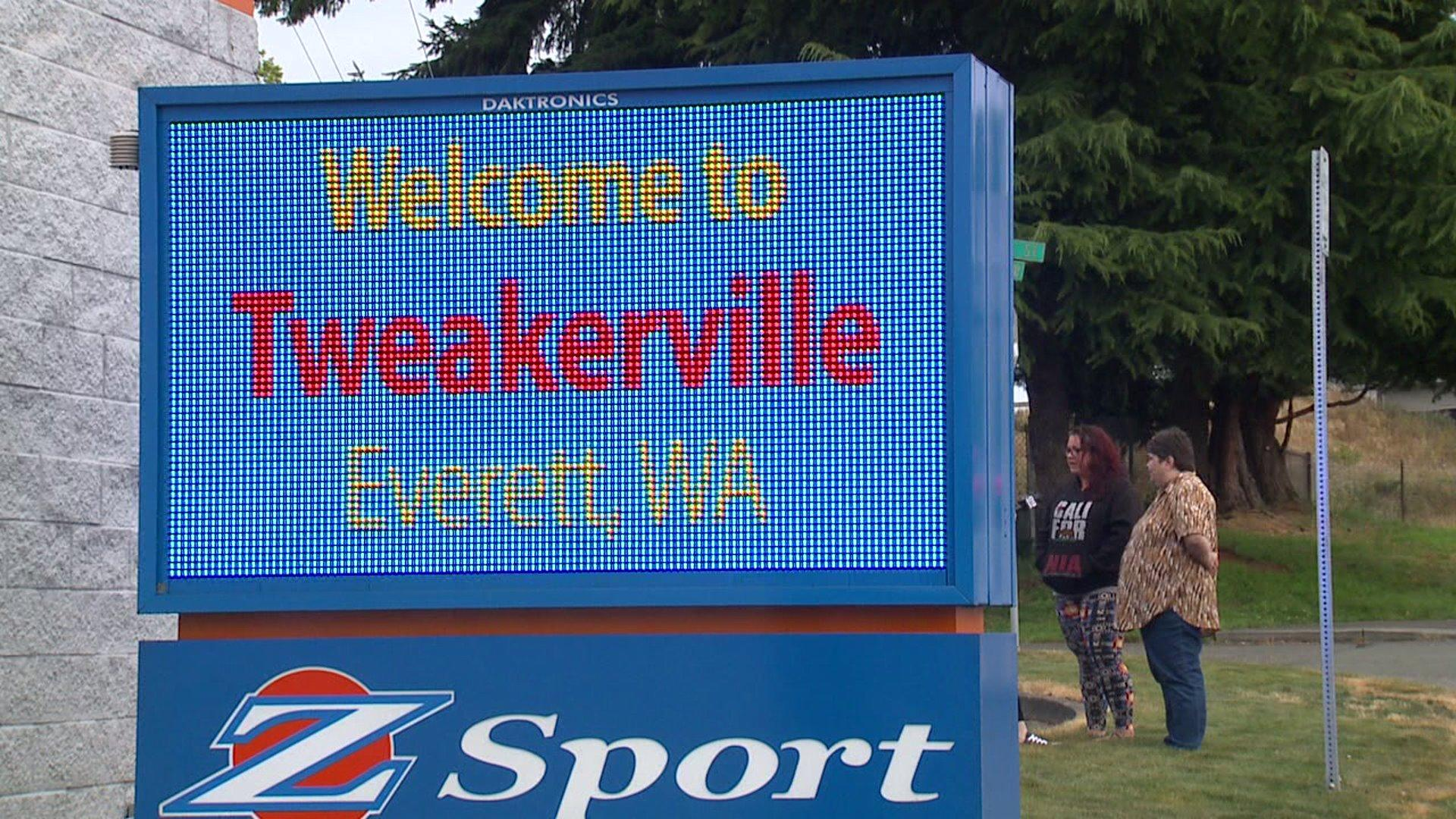 'Welcome to Tweakerville' Sign Sparks Controversy in Washington City
