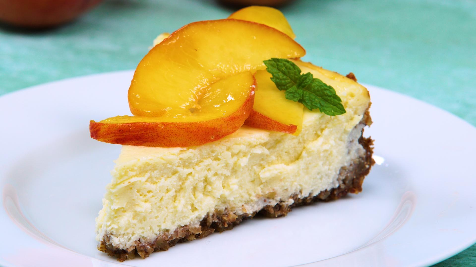 How to Make Peach-Ricotta Cheesecake With Pecan Crust