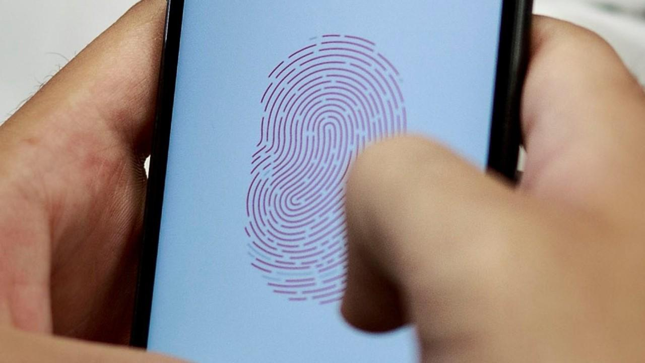 This iOS 11 Feature Swiftly Disables Touch ID On The iPhone