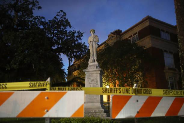 US cities step up to remove confederate monuments