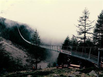 Schweizer Drahtseilakt: Längste Hängebrücke eröffnet
