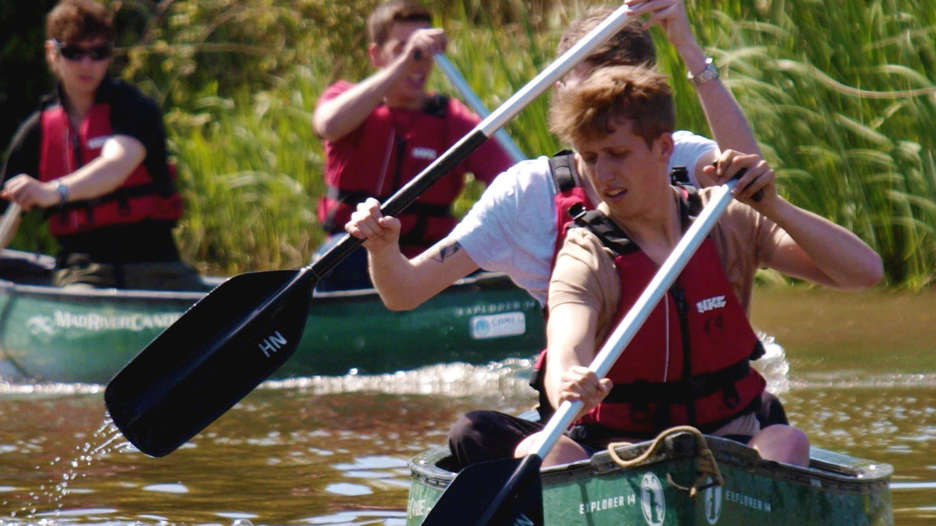This 162-mile Canoe Trail Through England Is the Perfect Countryside Vacation