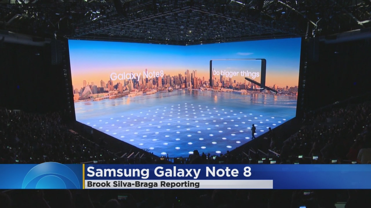 Samsung Launches Galaxy Note 8 Phone