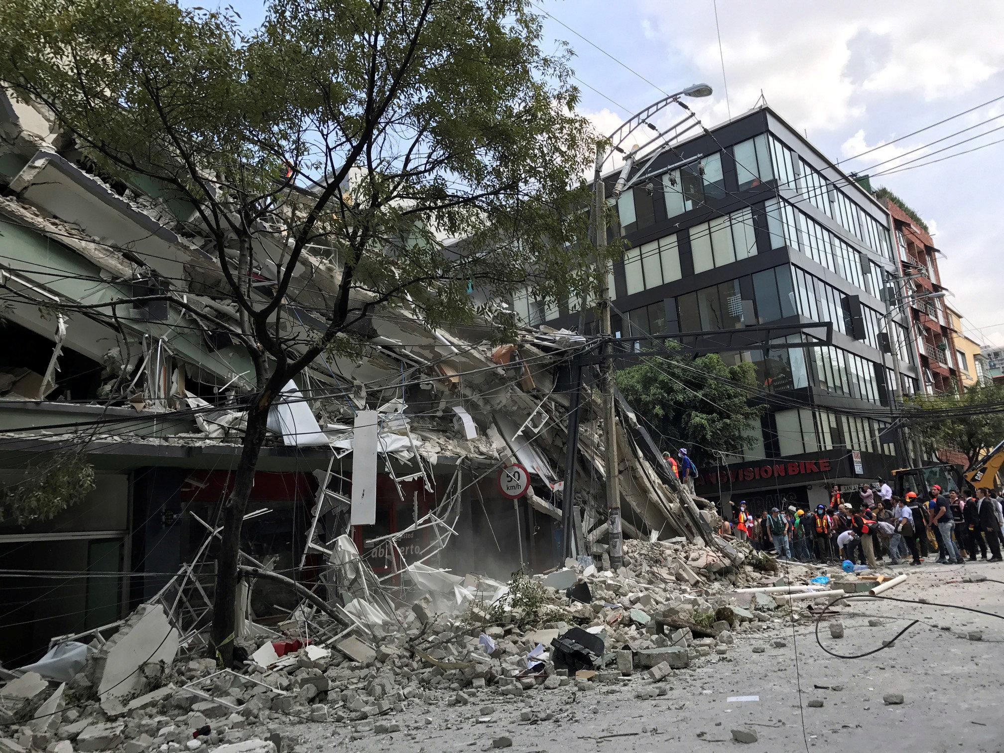 UPDATE: Over 100 dead in Mexico City earthquake
