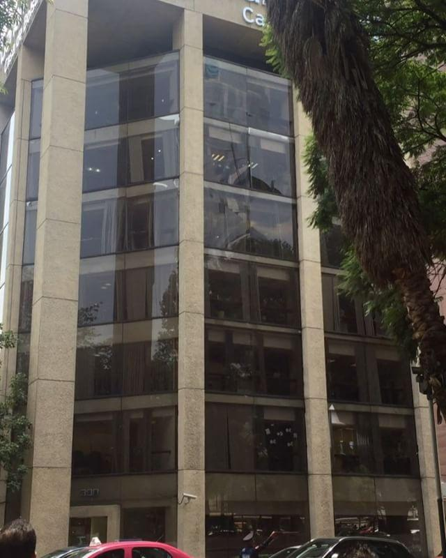 Glass Shatters, Falls on Mexico City Street as Quake Hits