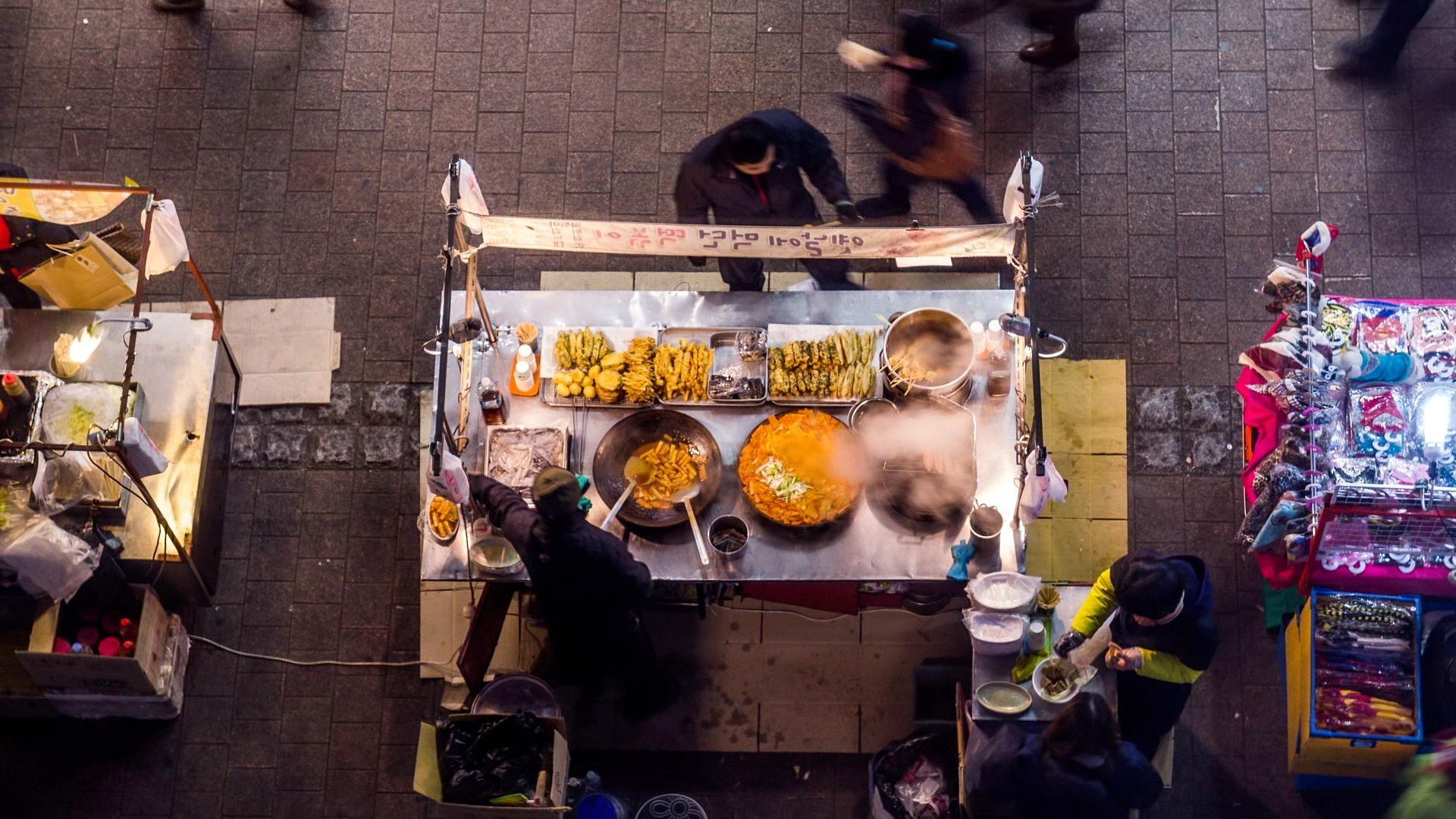 Our Favorite Street Foods from Around the World