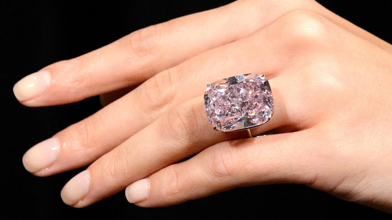 Stunning 37-Carat Pink Diamond May Command $30m At Auction