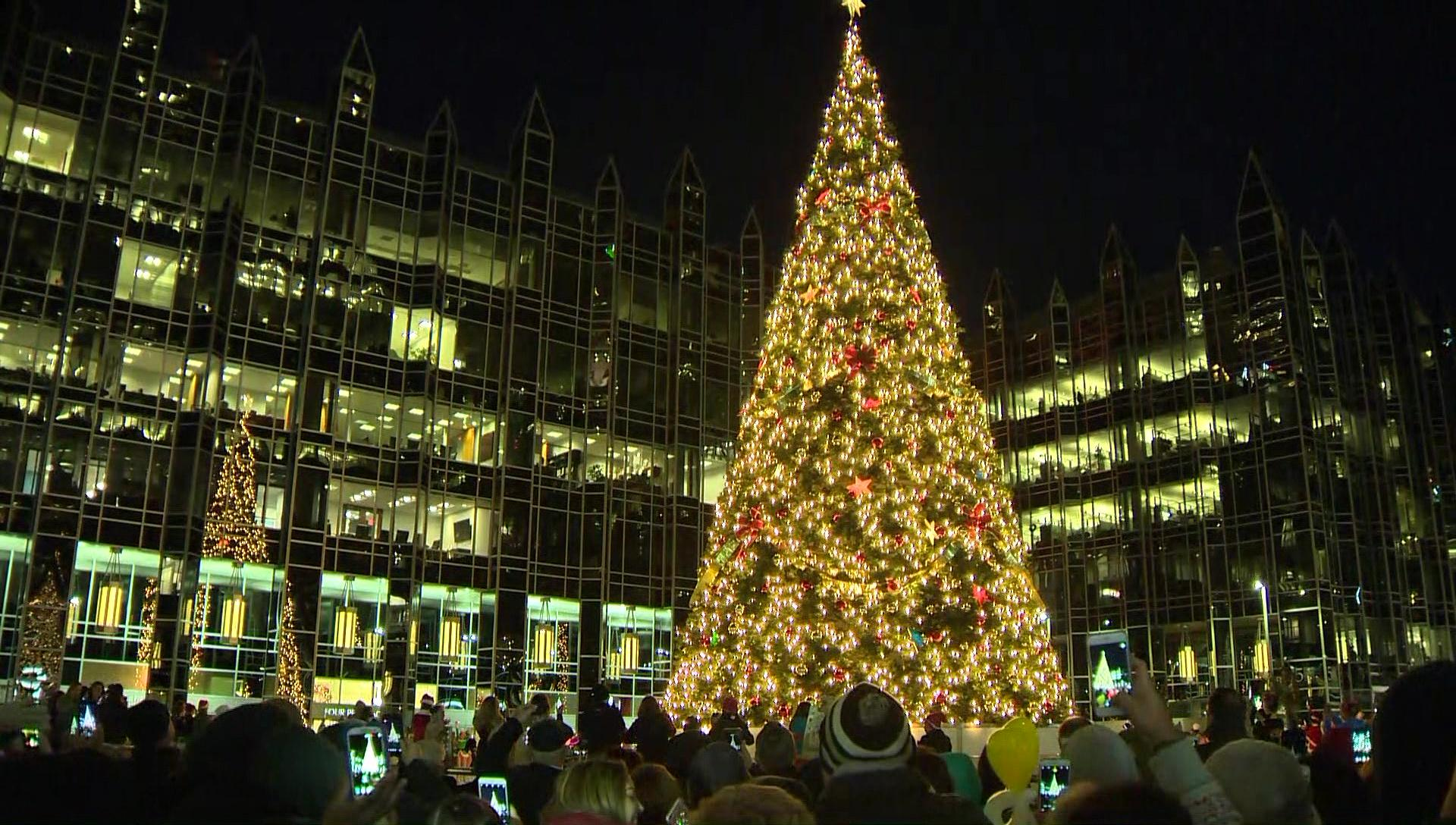 Light Up Night: Tree lighting and ice skating at PPG rink in Pittsburgh