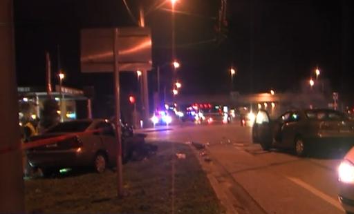 Multiple people injured in suburban Lake Worth crash