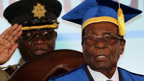 Zimbabwe : Mugabe lâché par son parti
