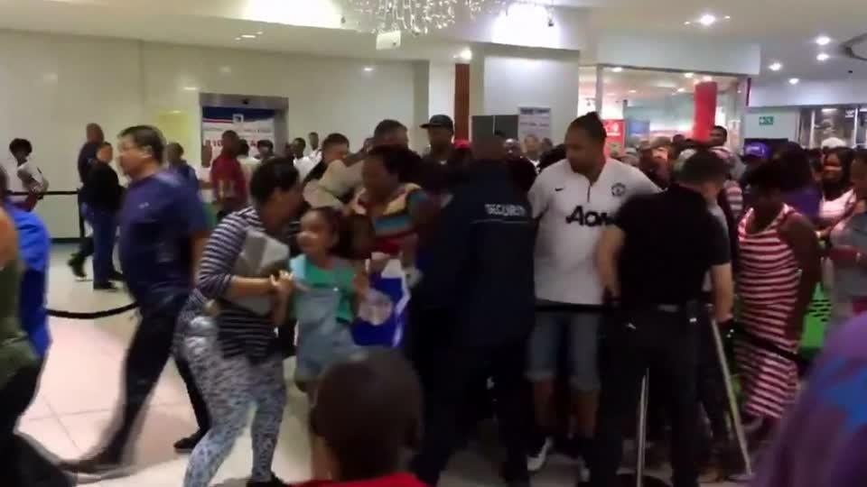 Black Friday deals draw crowds of shoppers across South Africa
