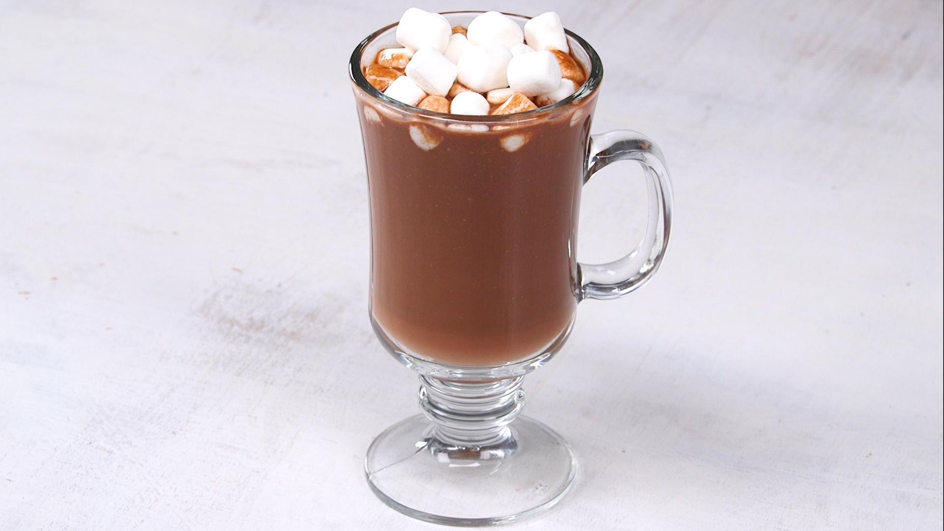 How to Make Creamy Dairy-Free Hot Chocolate