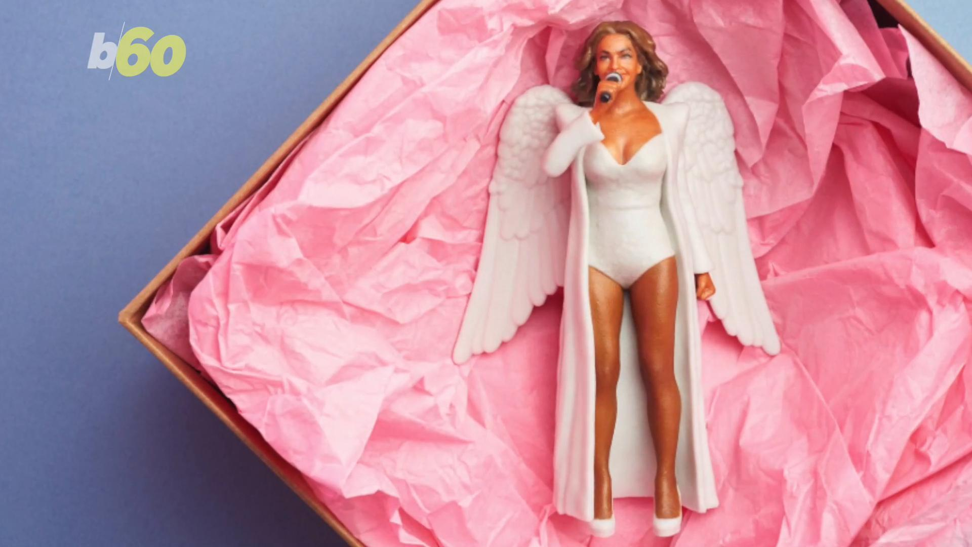 Now There's A Christmas Tree Topper For The Feminist In Every Family