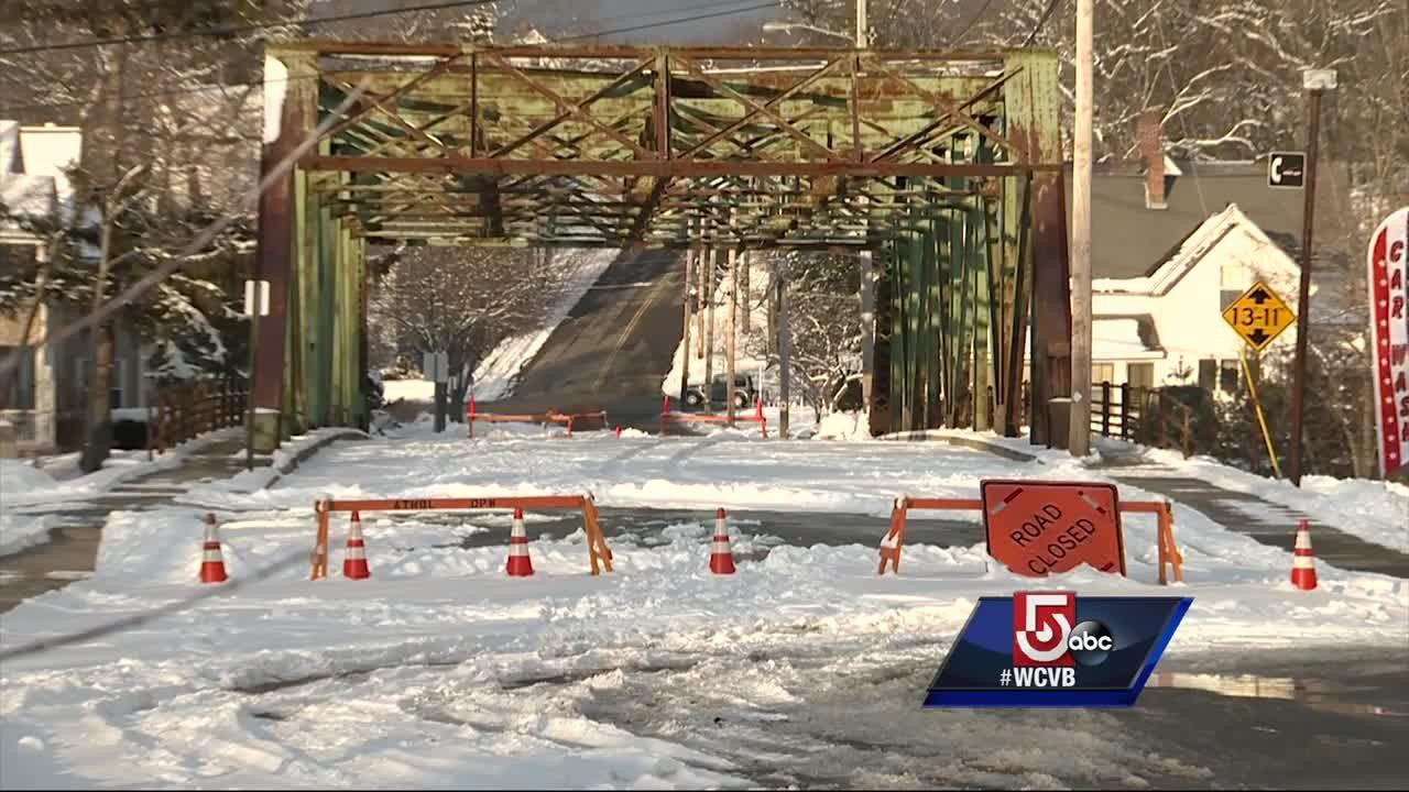 Ice jam closes bridge linking two sides of town