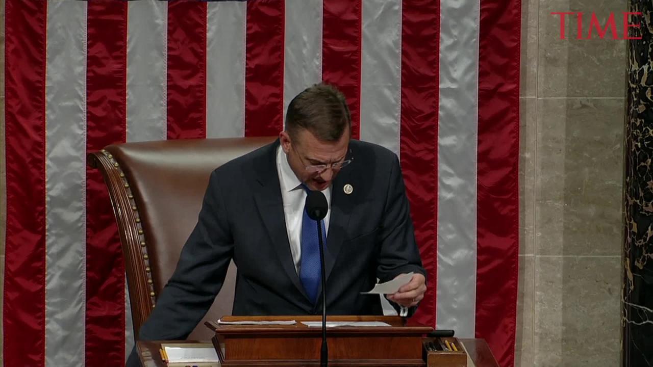 House Votes to Avert Government Shutdown