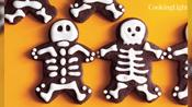 20 Nut-Free Halloween Treats Your Kids Will Love
