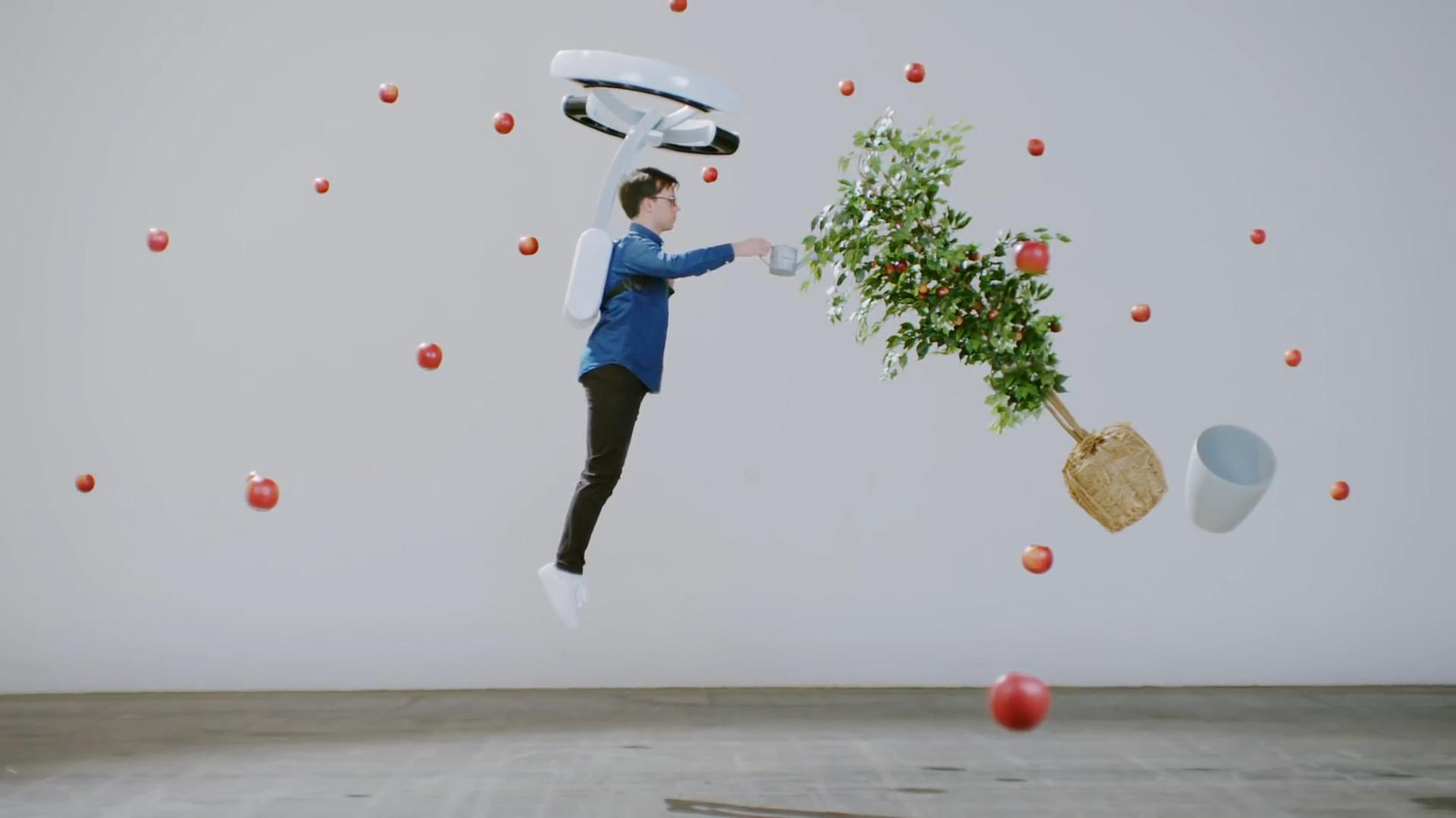 This hover backpack unbinds humans from gravity