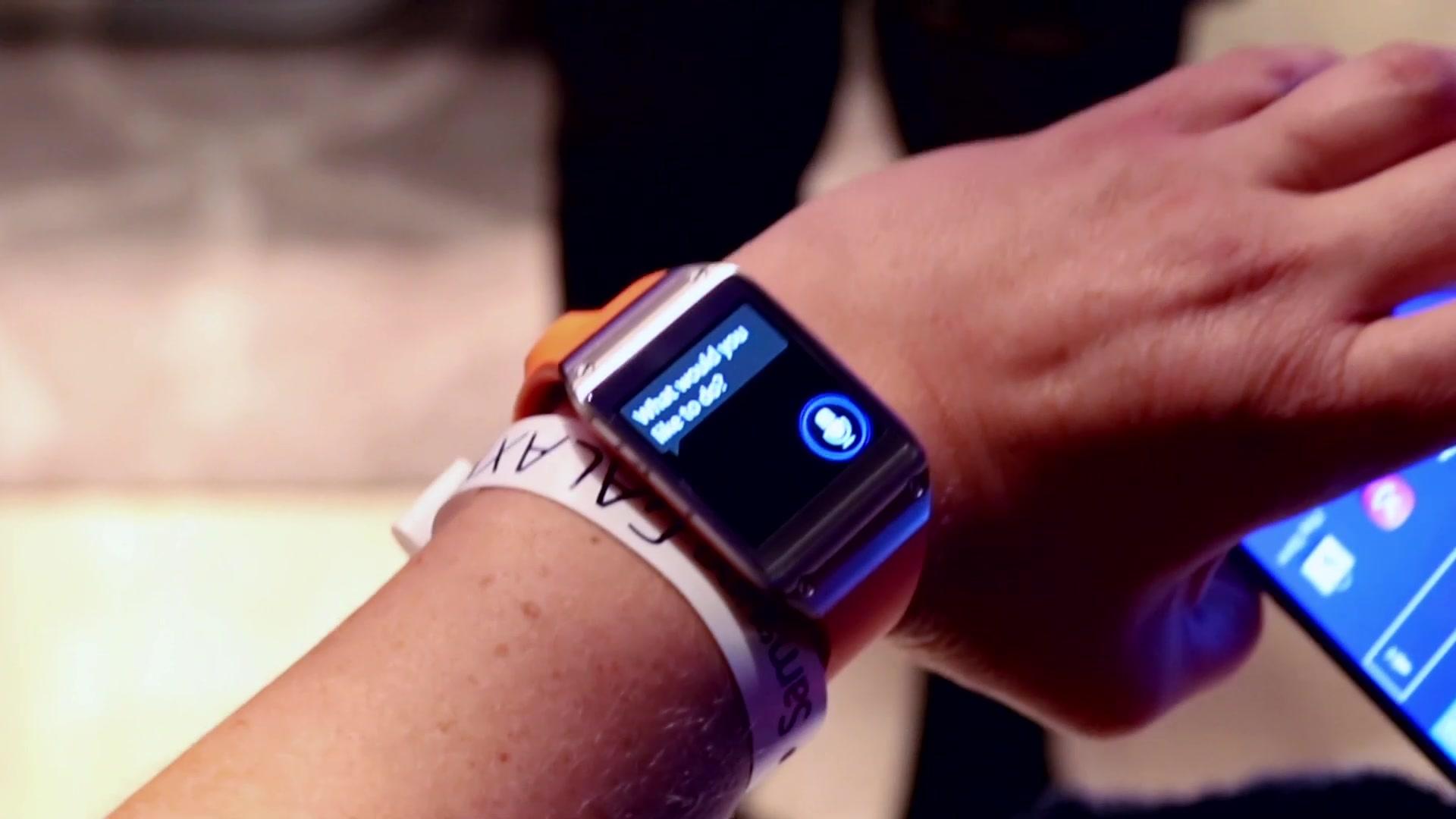First Look at Samsung Galaxy Gear