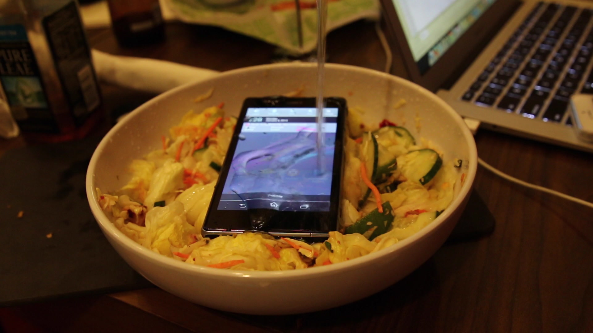 Xperia Z1S Water Resistance Test