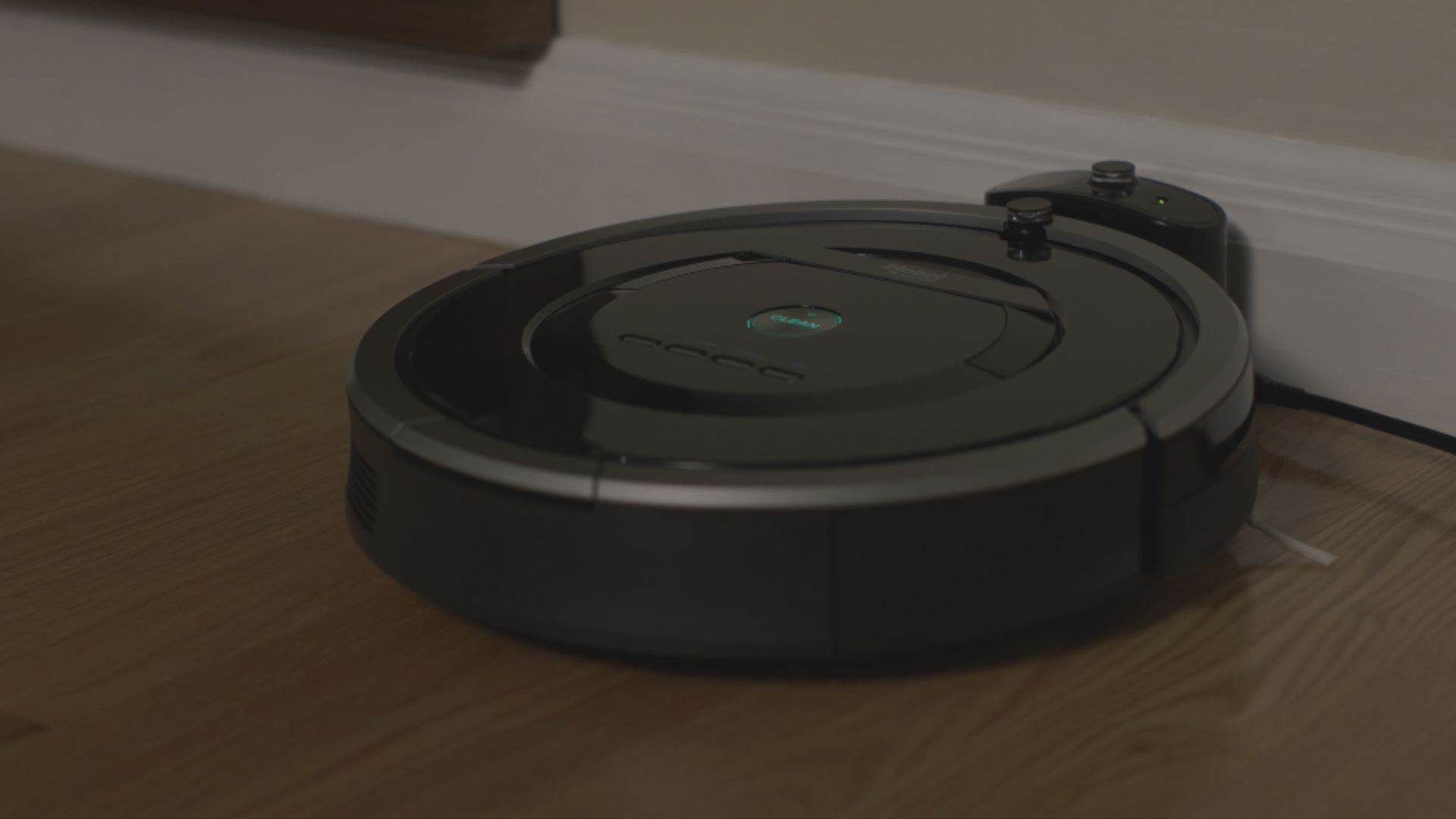 IRobot's Evolution to the Roomba 880 | TechCrunch Makers