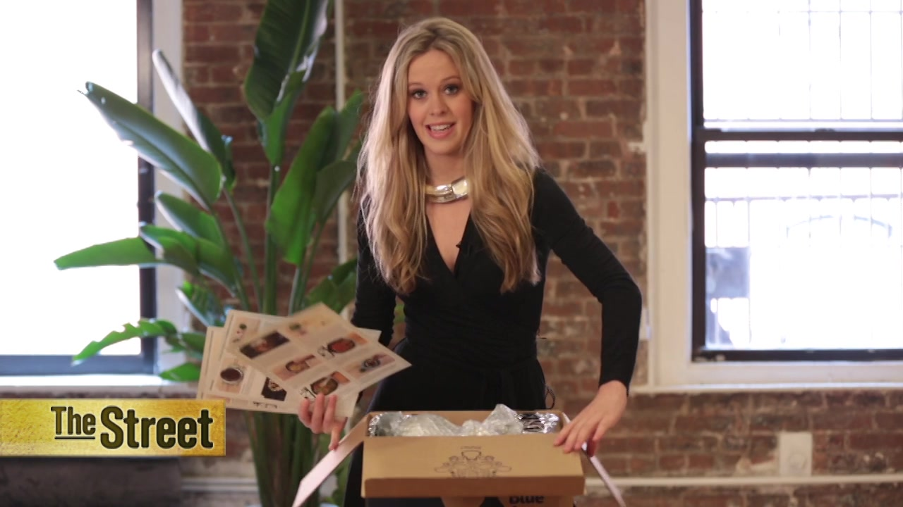 Blue apron ownership - Recipe Delivery Blue Apron Could Soon Be Valued At 2b Video Nasdaq Com