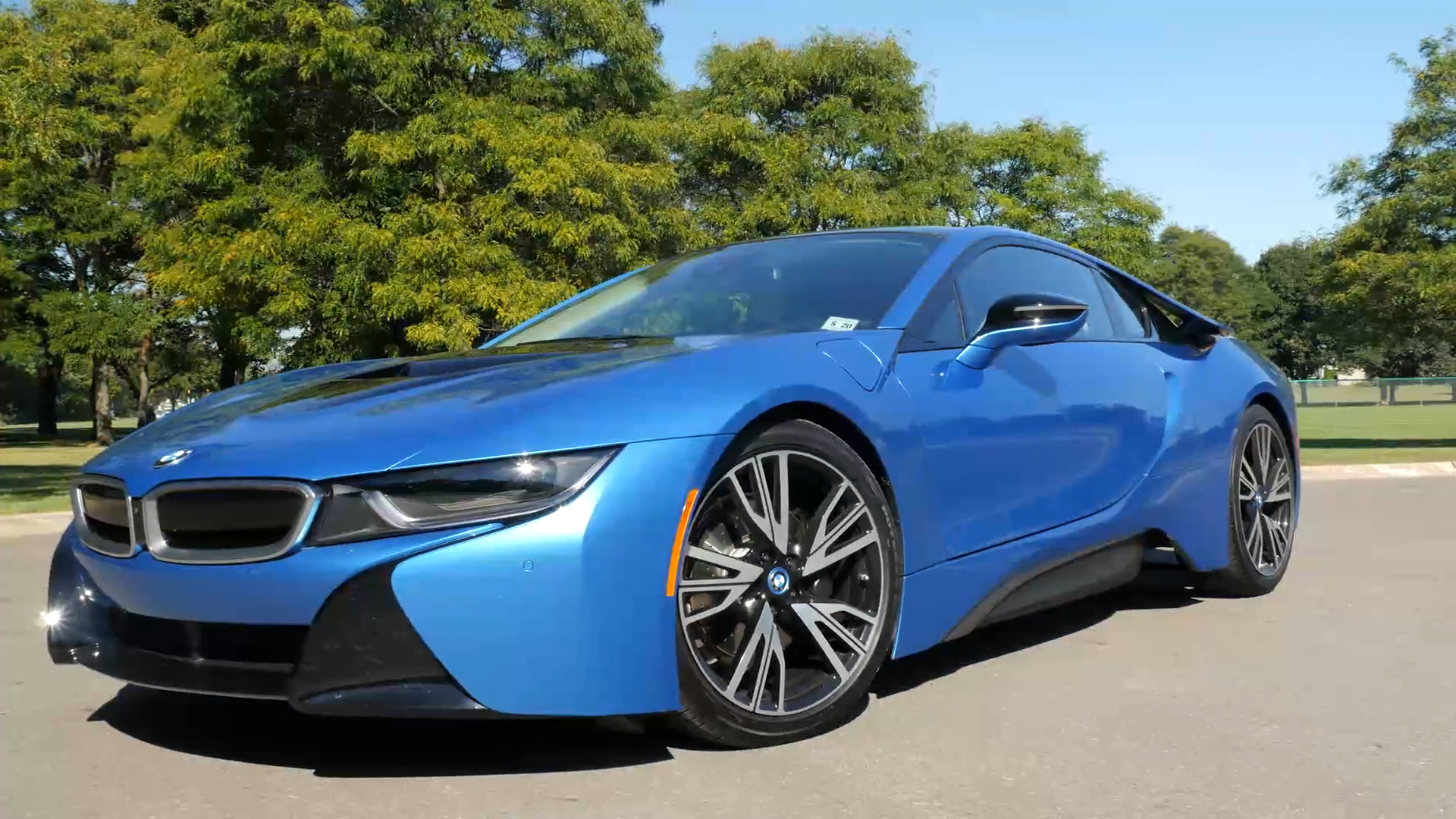 Here S The Bmw I8 Spyder With Its Roof Autoblog