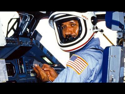 One Planet | NASA's Charles Frank Bolden | Beyond The Horizon Scenes