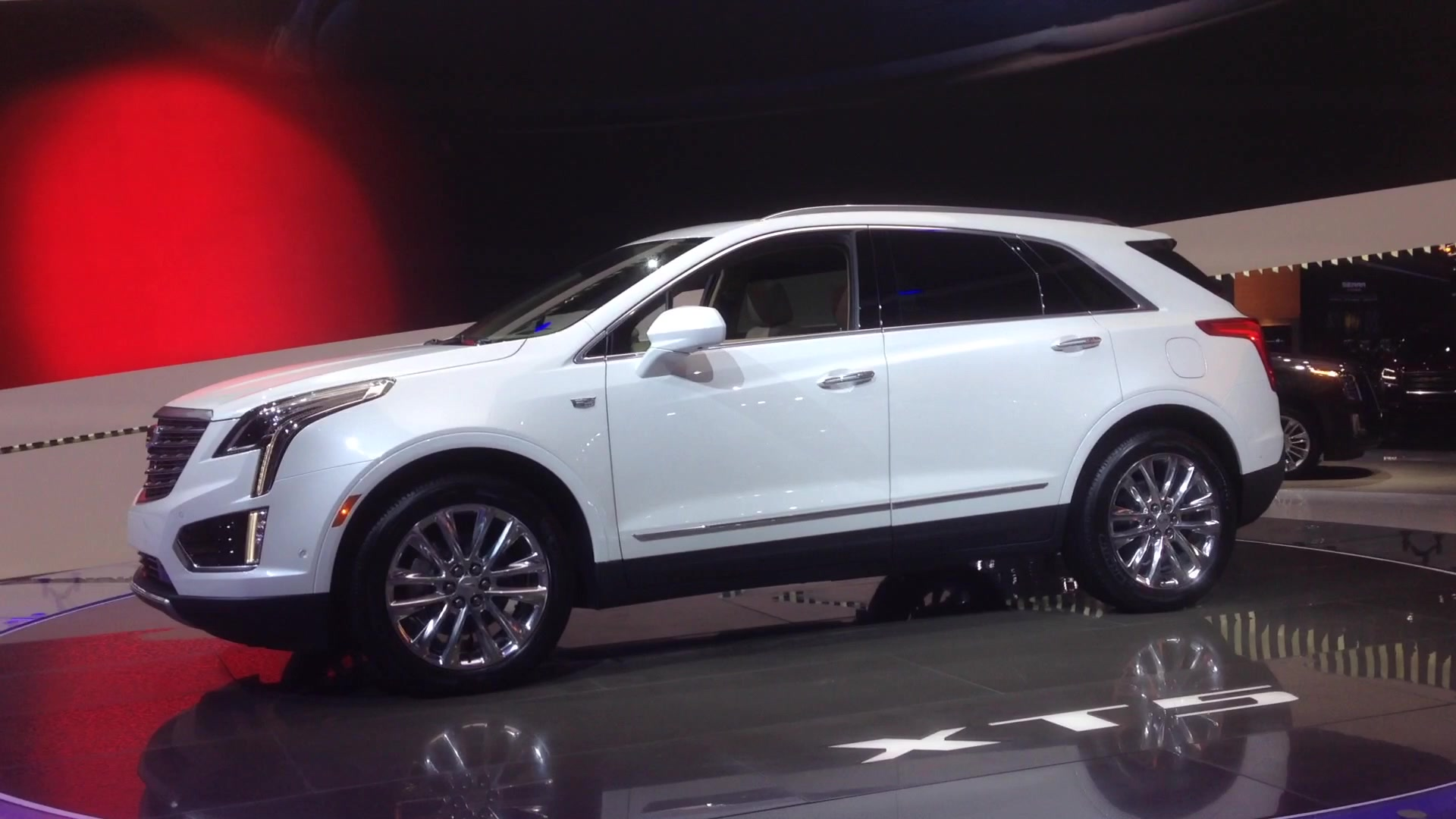 2019 Cadillac Xt5 Dons Sport Package Duds Autoblog