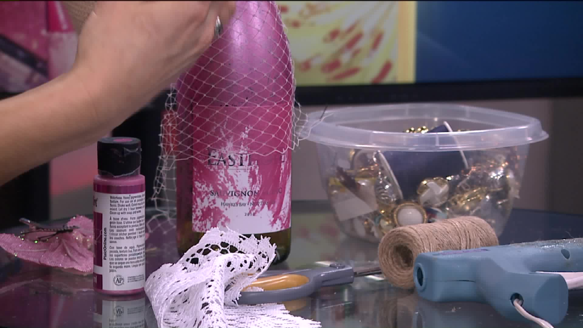 How To Make Lace & Pearl Wine Bottles