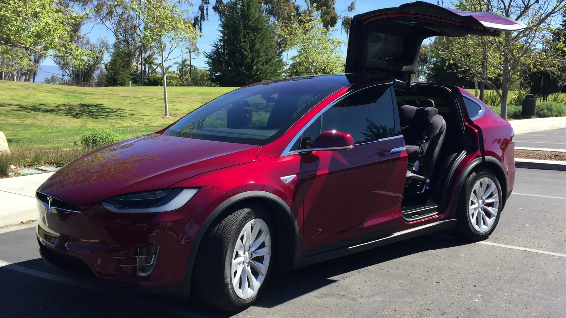 Tesla can\'t sell cars in Michigan, but it can put them in a ...