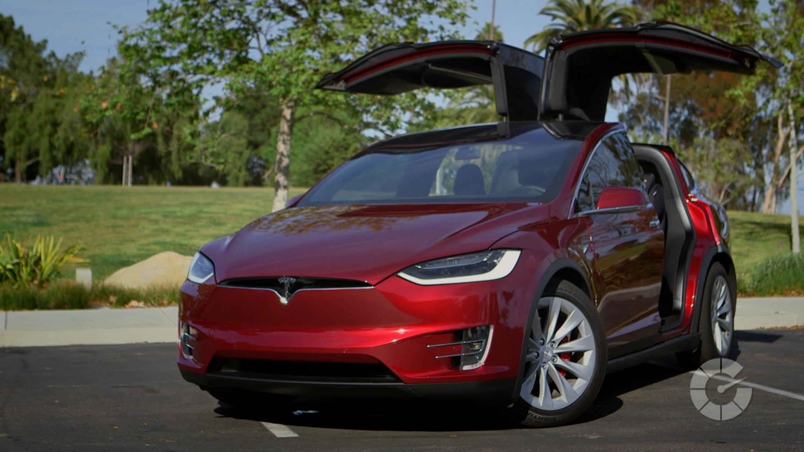 Sales Of Tesla X Suv Catching Up To The Sedan Autoblog